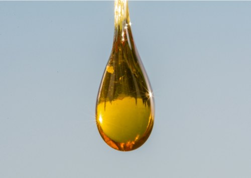 What color is cbd oil?