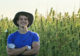 What do hemp farmers make per corp?