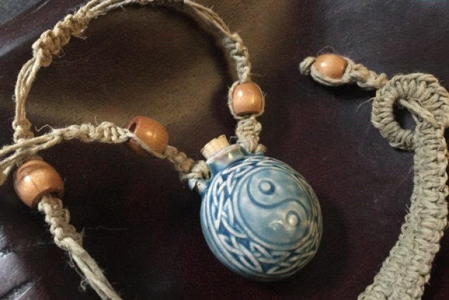 How to Make Hemp Necklace